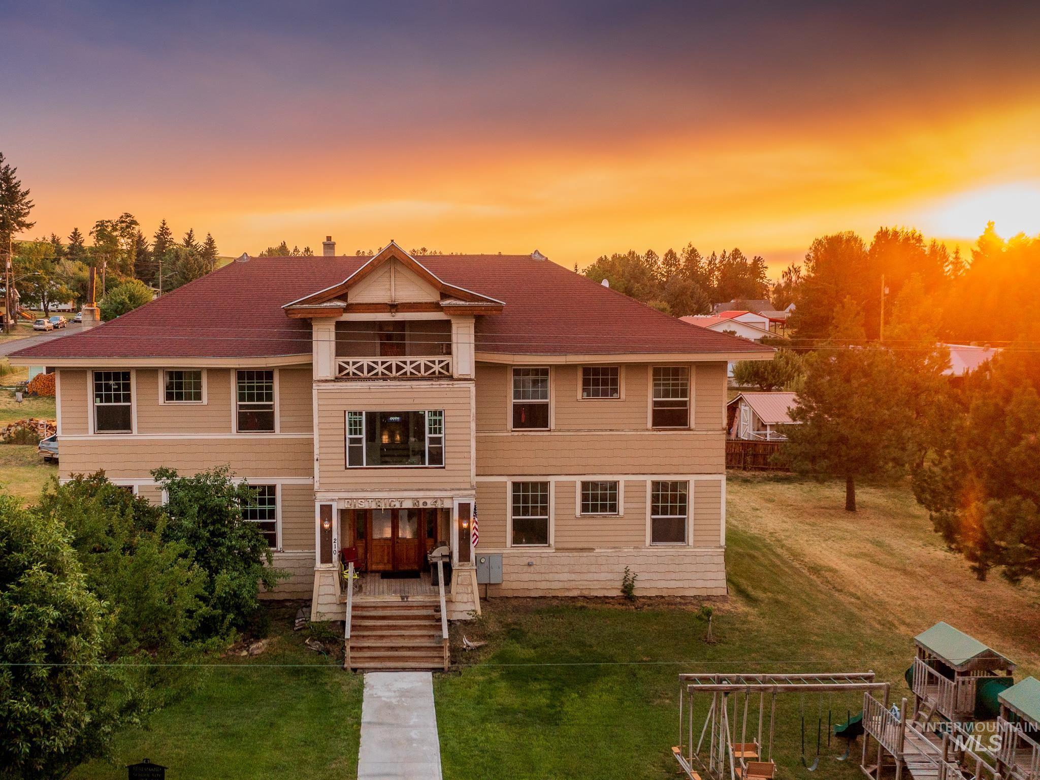 Ferdinand Real Estate Listings Main Image