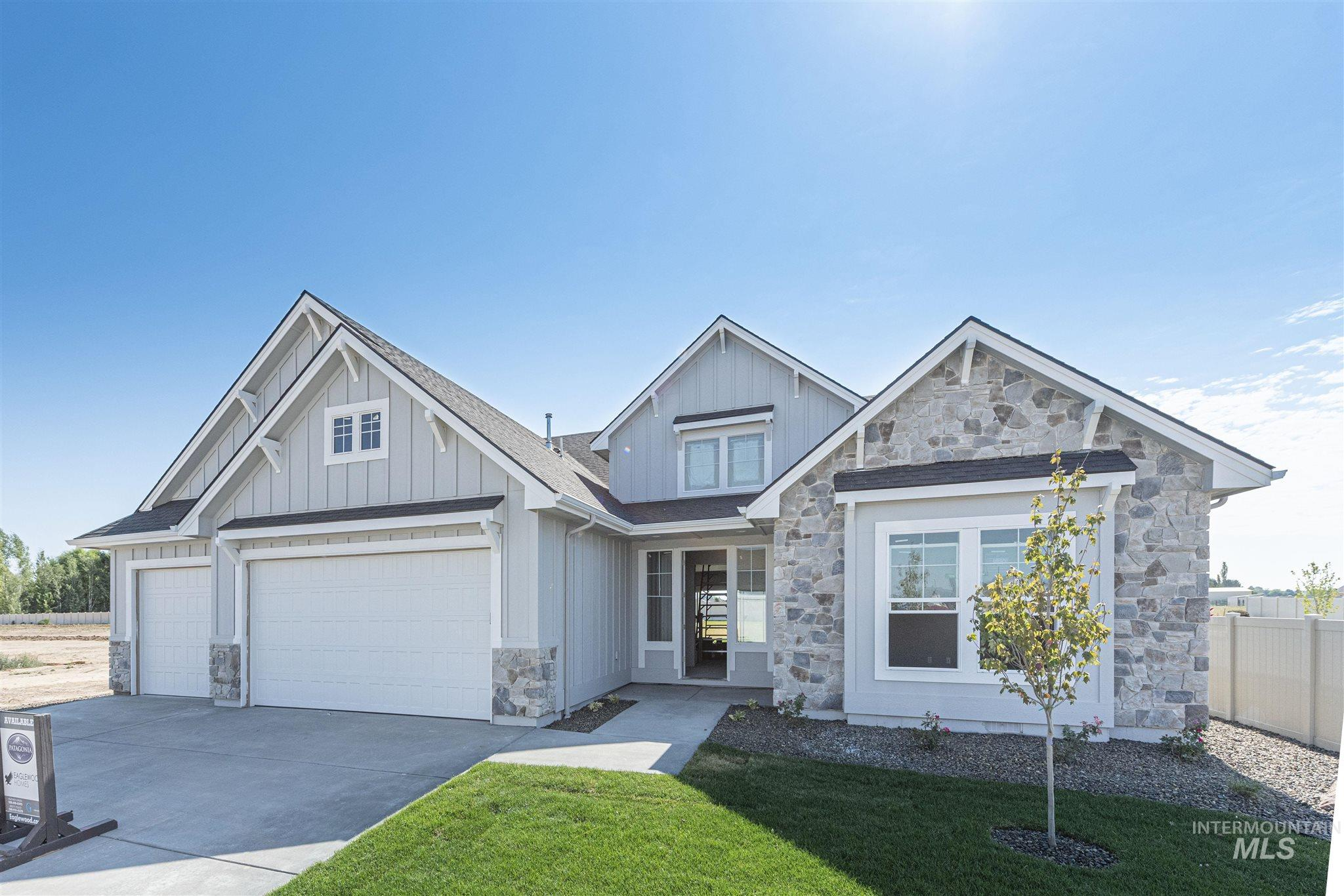 9128 S Fuego Ave. Property Photo