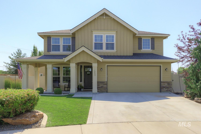 1553 E Tuttle Ct. Property Photo