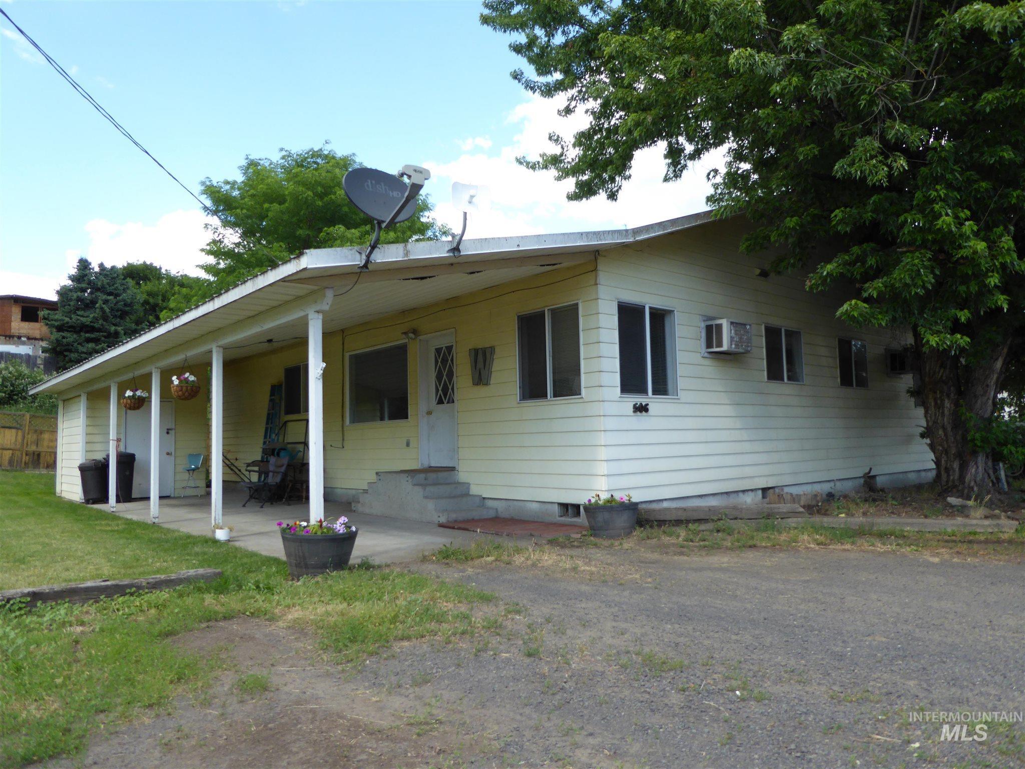 504 & 506 10th Street Property Photo