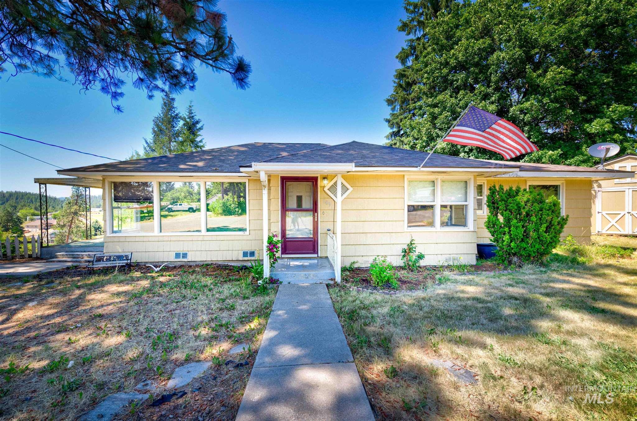 109 E A Property Photo