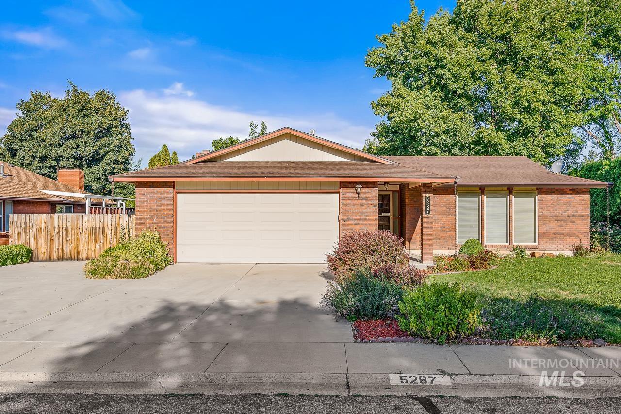 5287 S Cheyenne Ave Property Photo