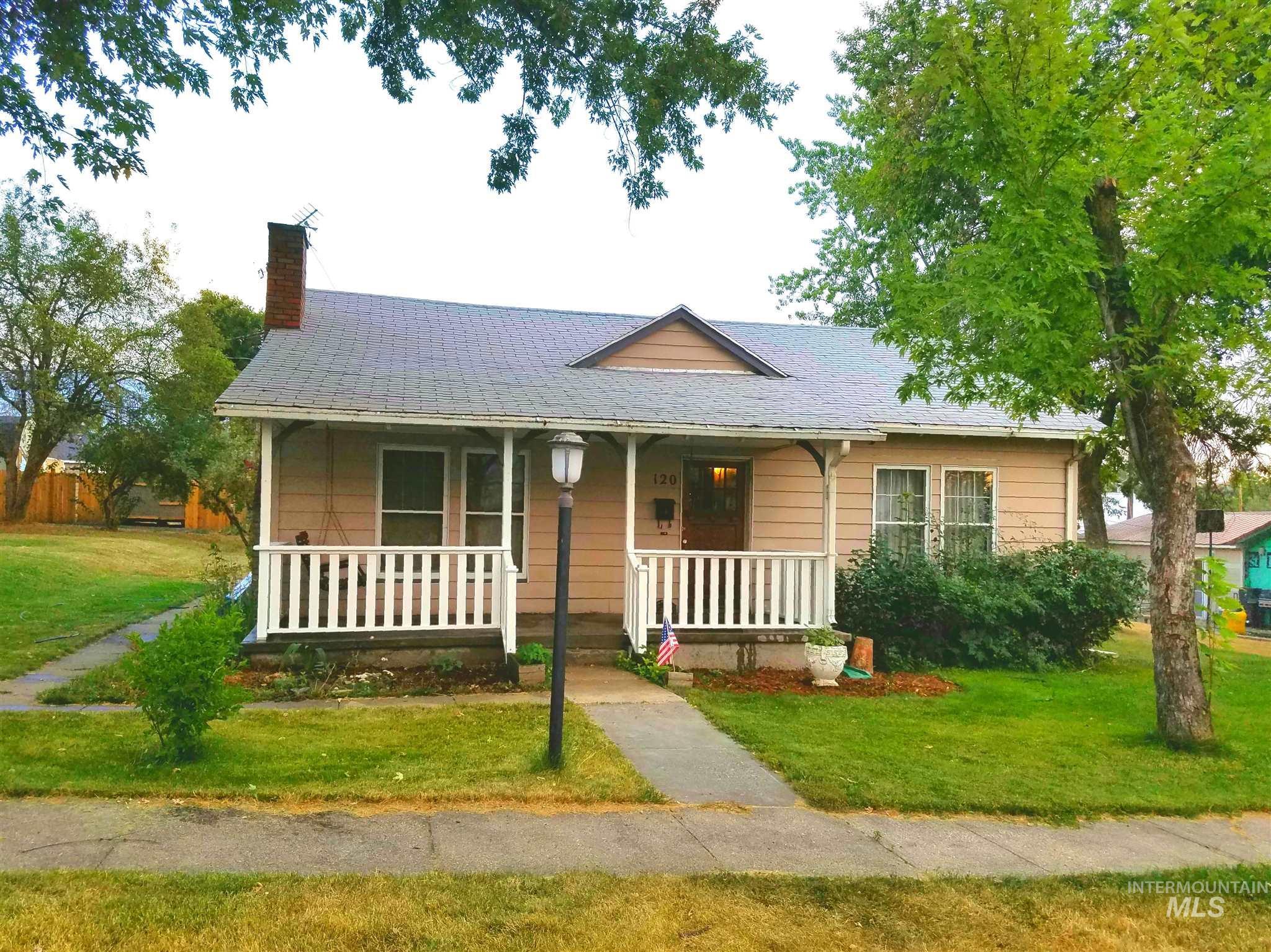 120 E South 6th Street Property Photo