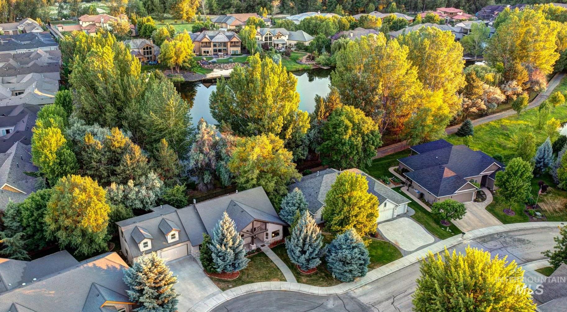 Lakeland Village Real Estate Listings Main Image