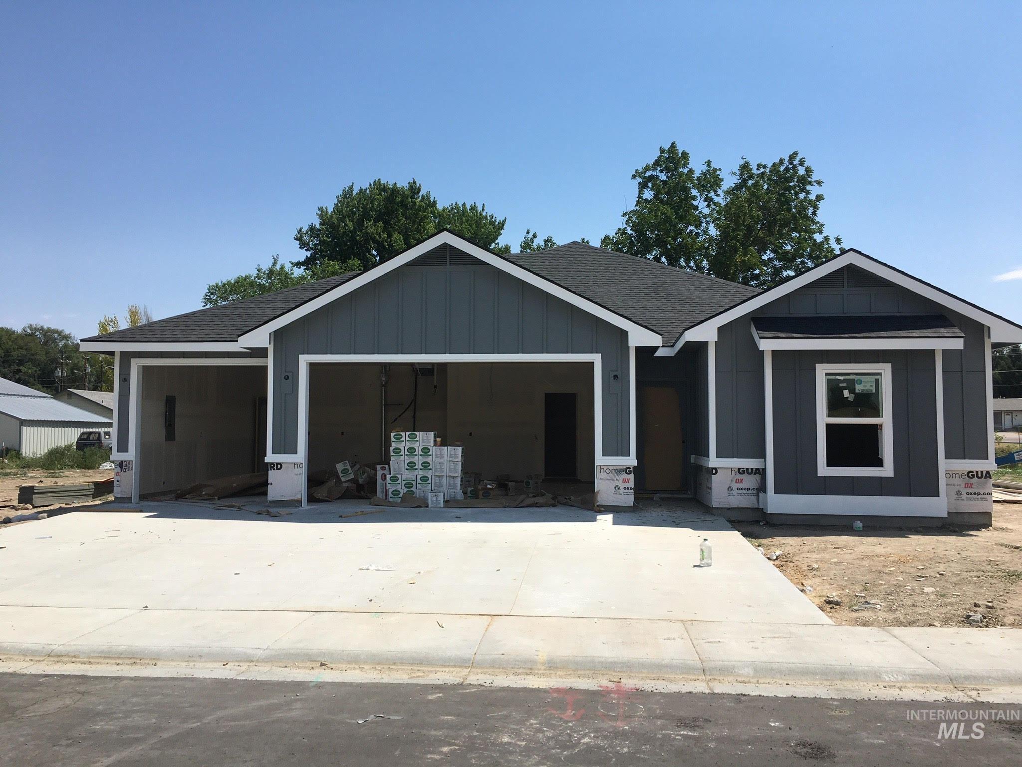 455 Cutlas St. Property Photo