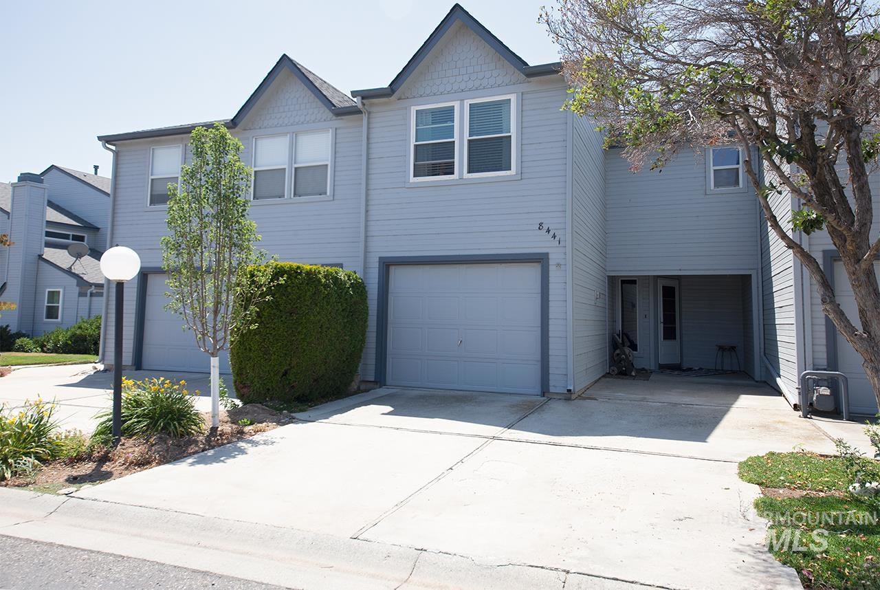 8441 Cascade Property Photo