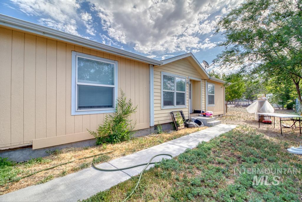 181 Buena Vista Property Photo 1
