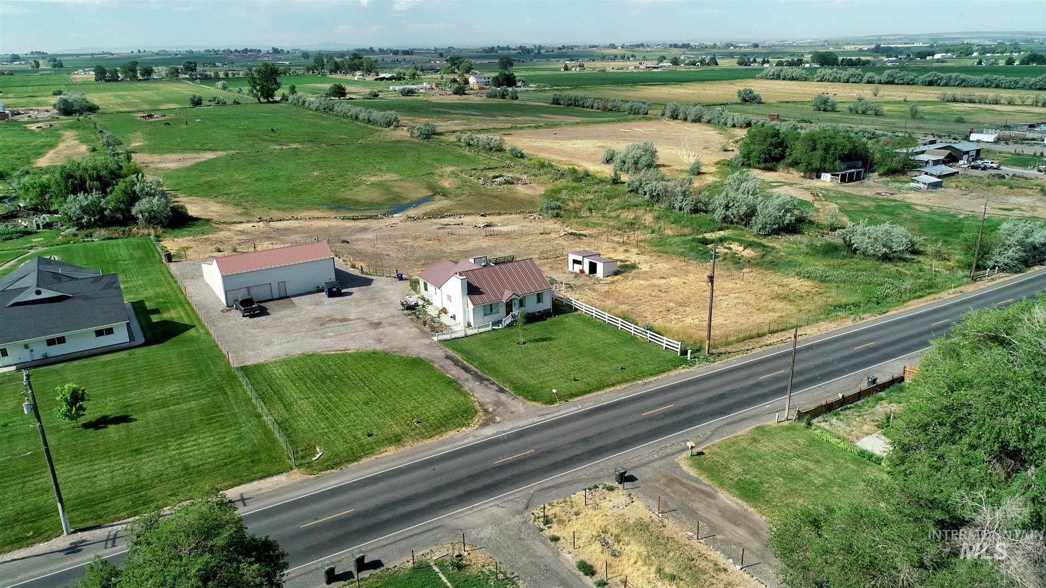 20047 Highway 30 Property Photo