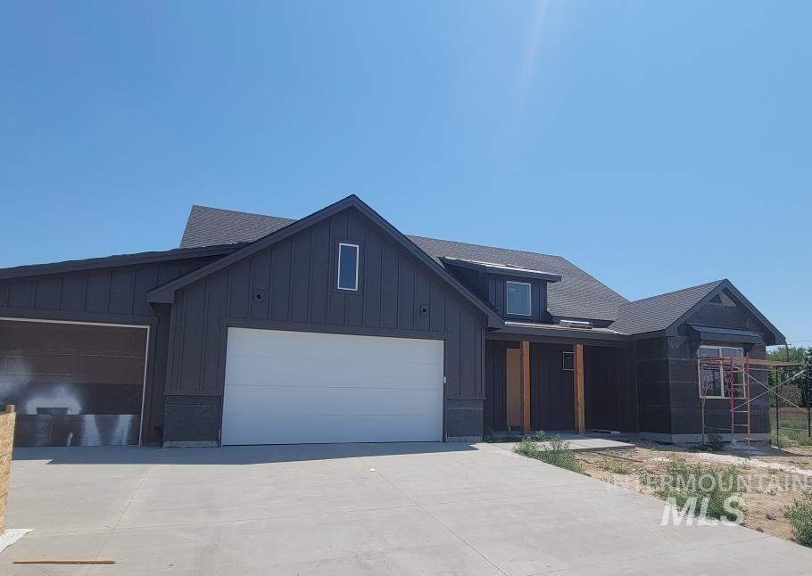 4011 Bozeman Avenue Property Photo