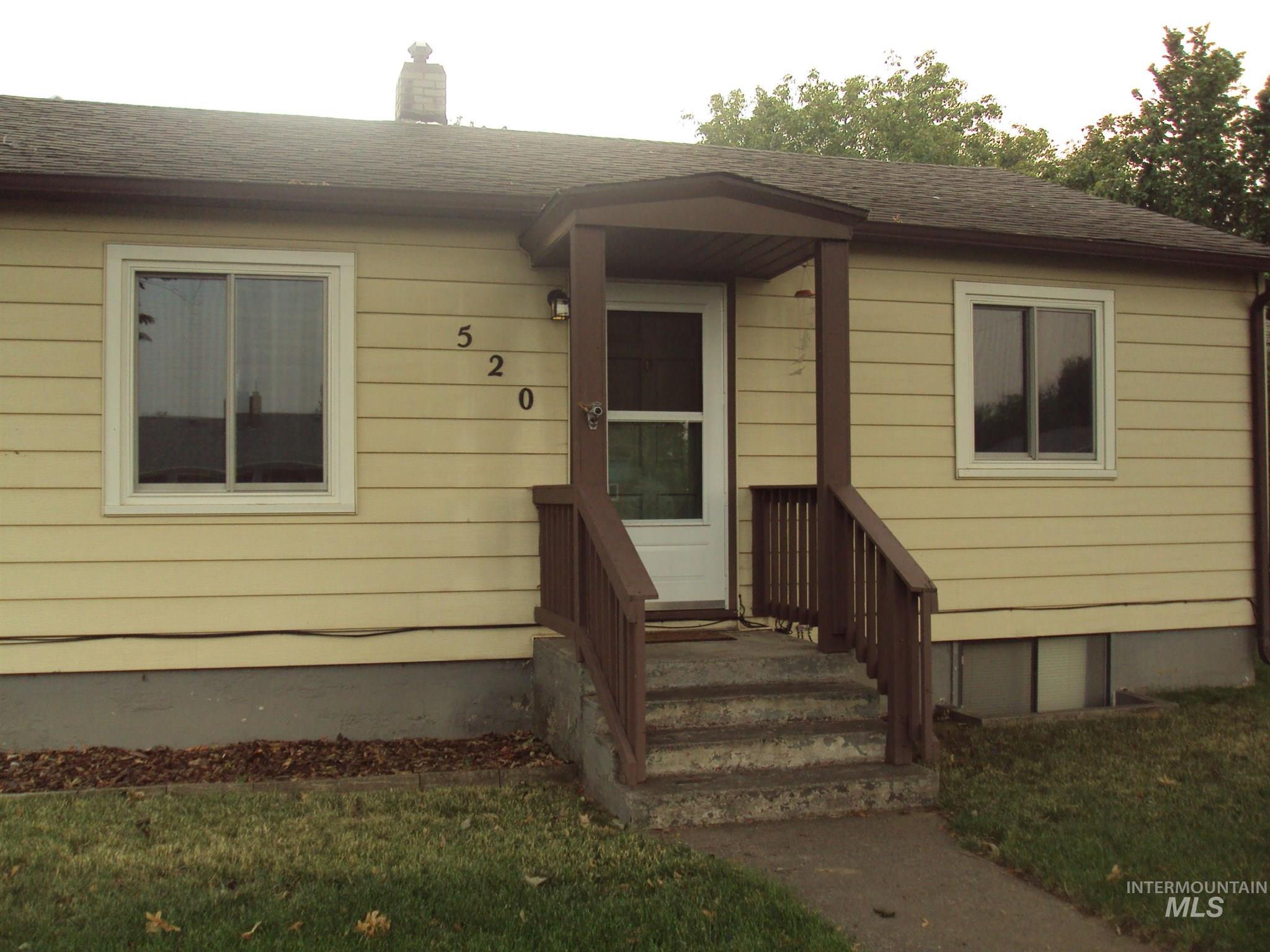 520 Linden Ave Property Photo