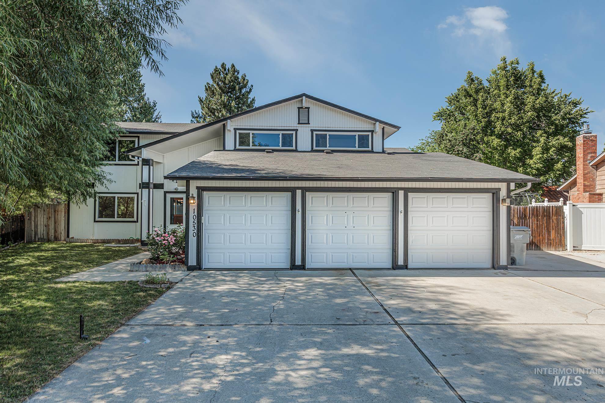 10530 W Treeline St Property Photo