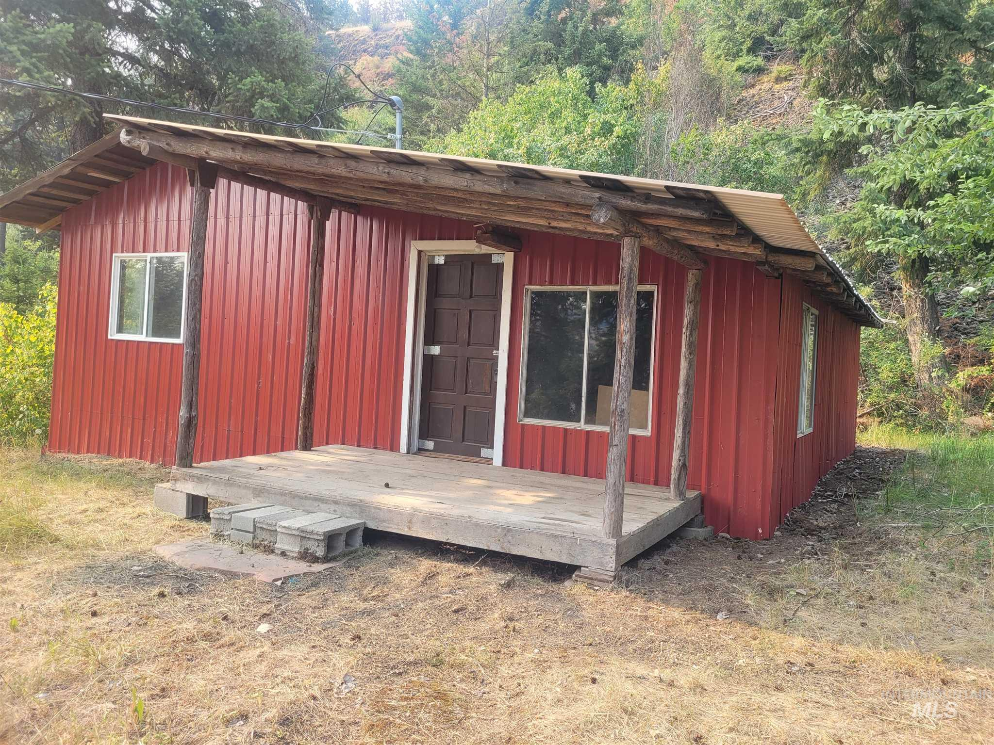 205 Long Bluff Road Property Photo