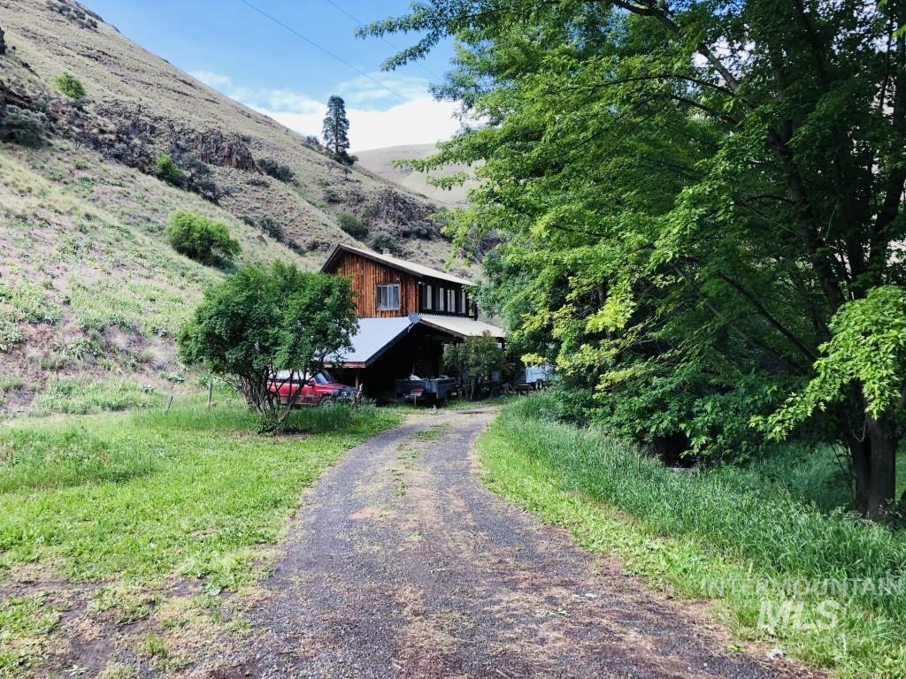 454 Seven Devils Road Property Photo