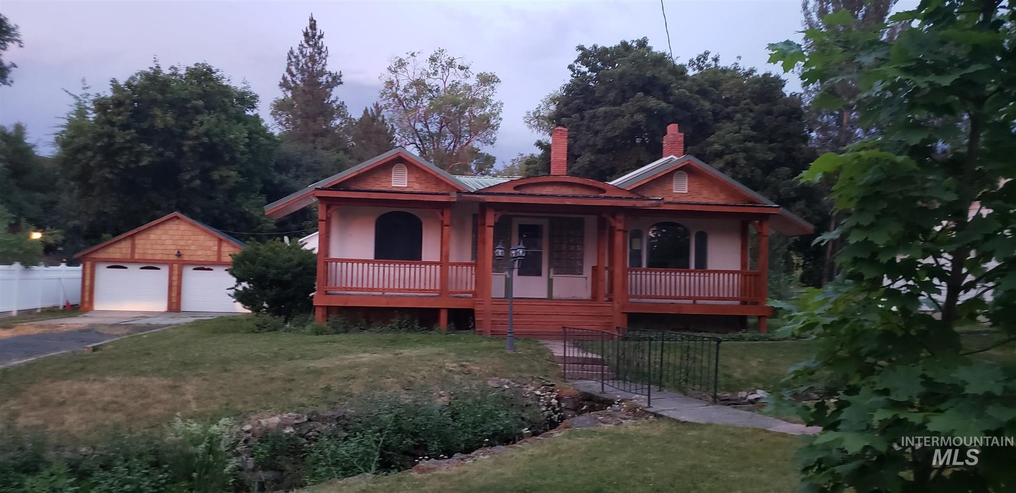 321 N Meadow Property Photo