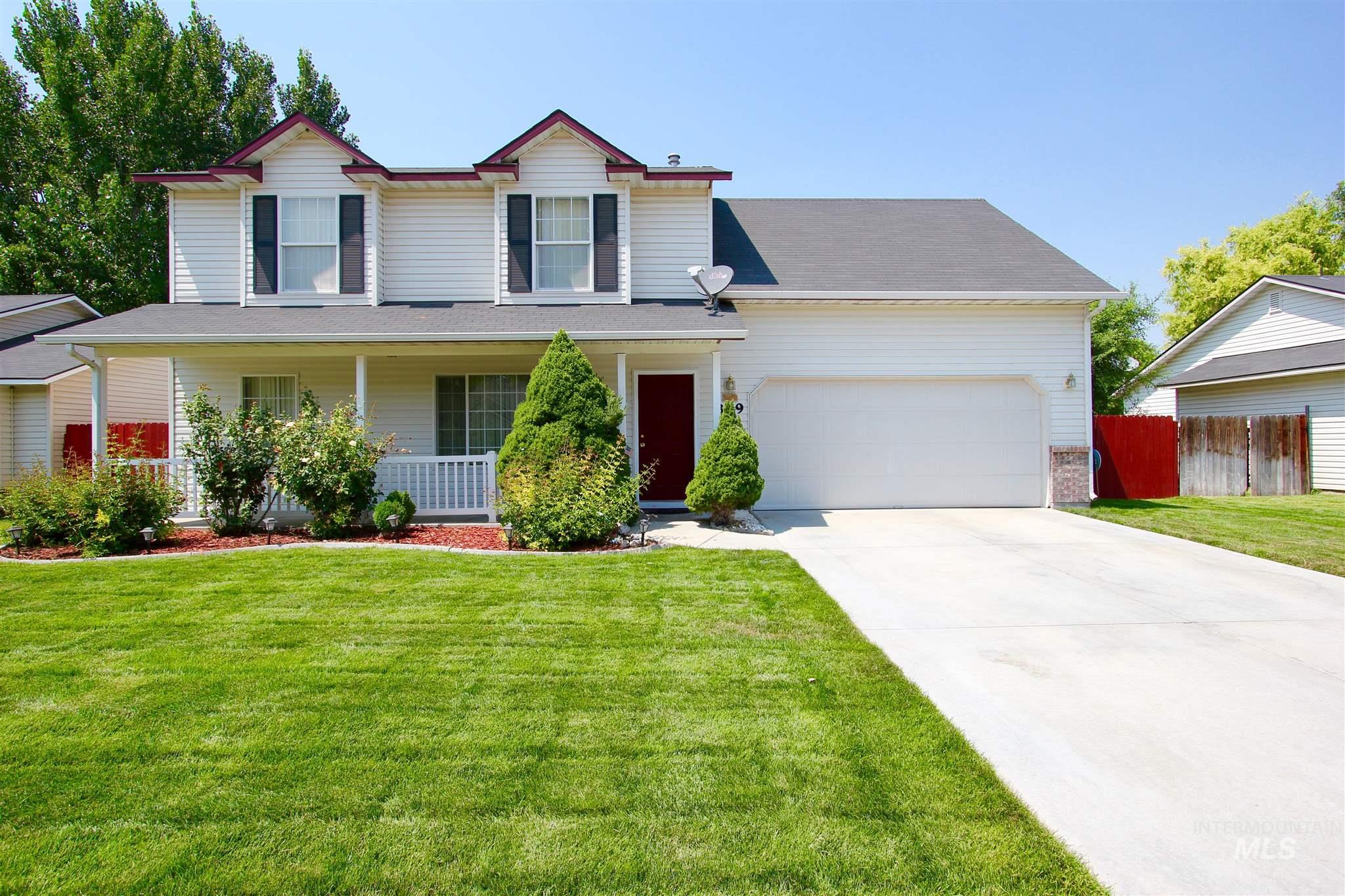 Laurelwood Sub Real Estate Listings Main Image