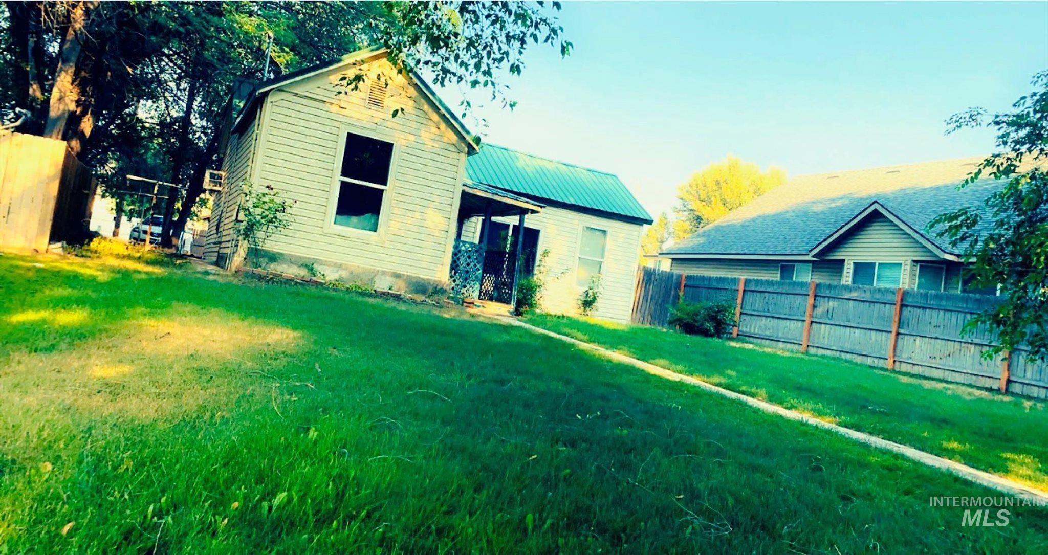 414 N Birch Street Property Photo