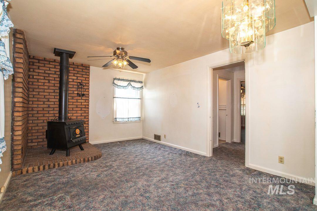 125 S West Blvd Property Photo 15