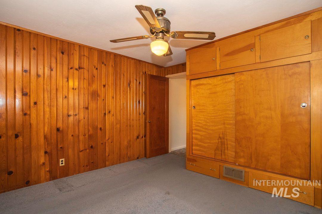 125 S West Blvd Property Photo 17