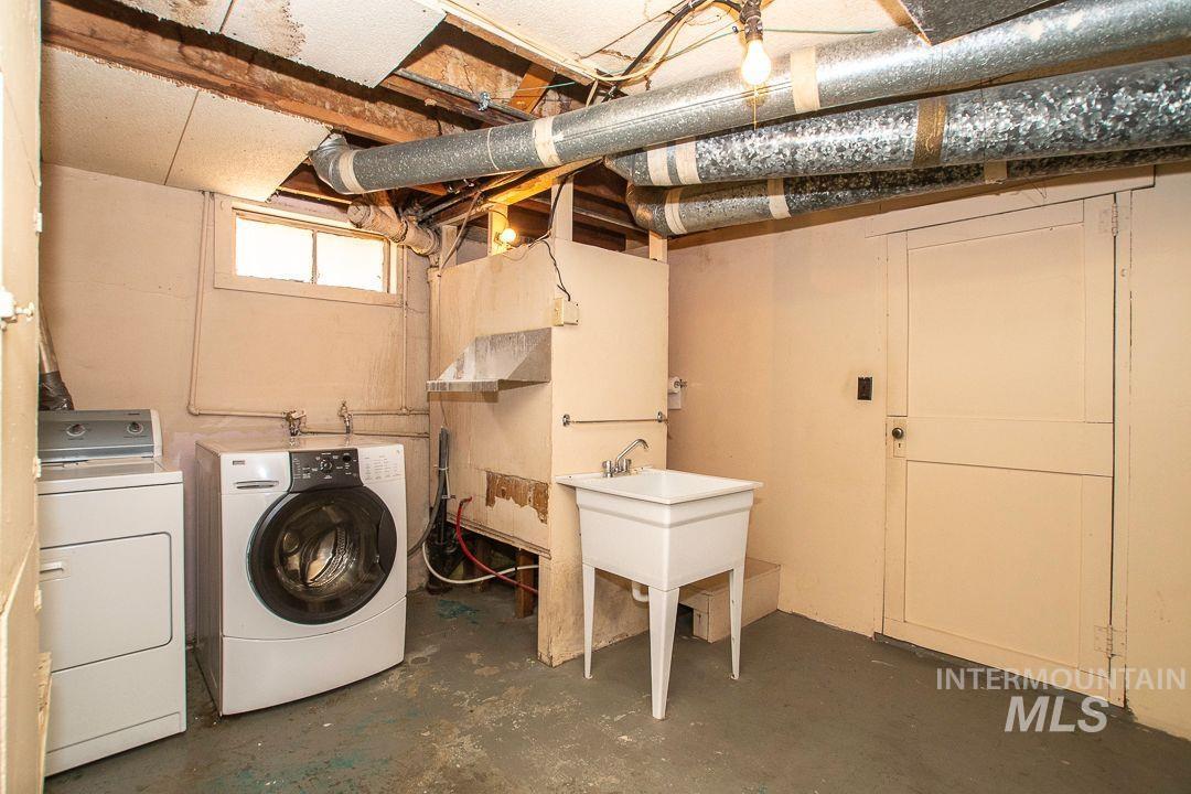125 S West Blvd Property Photo 27