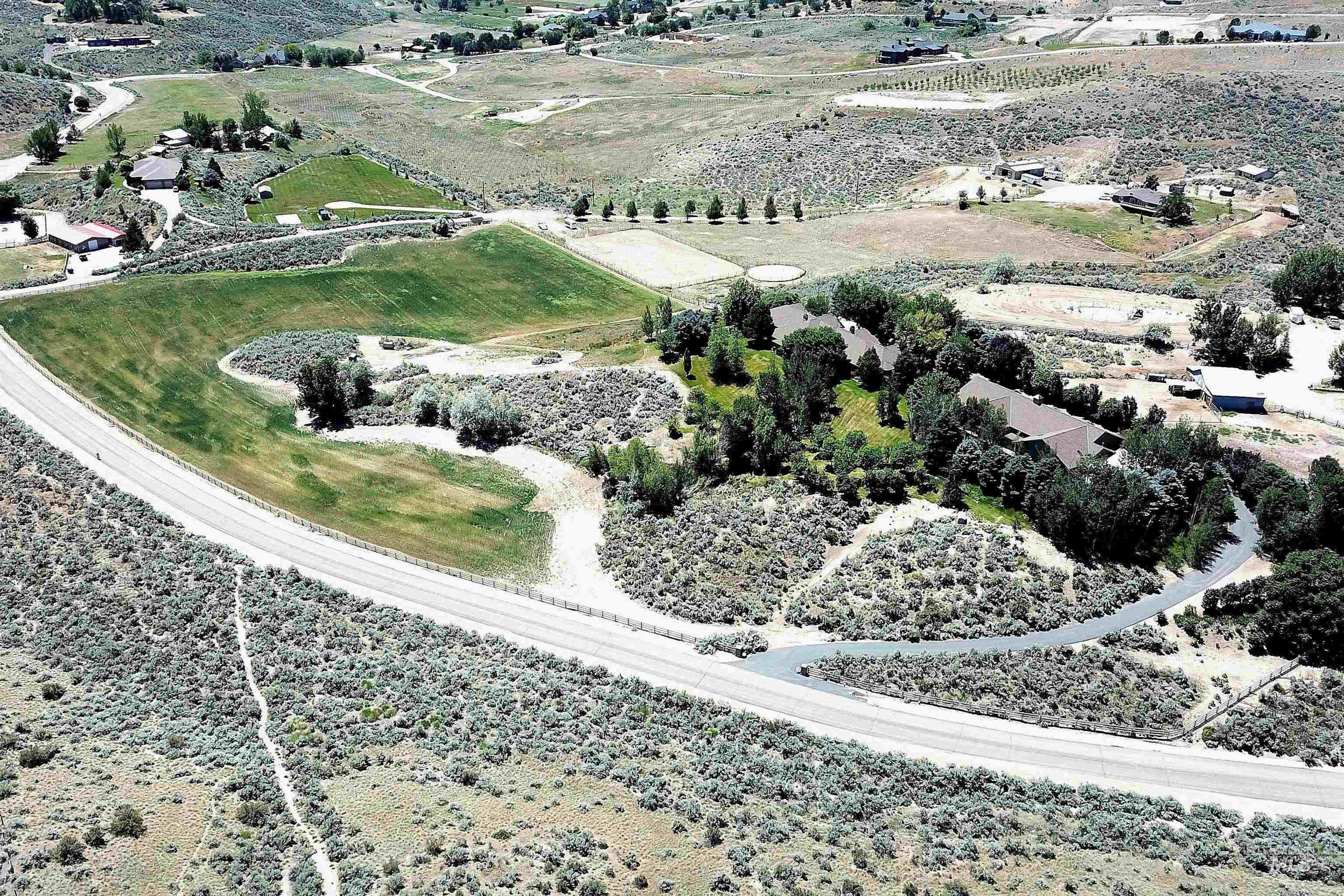 6021 Willow Creek Property Photo