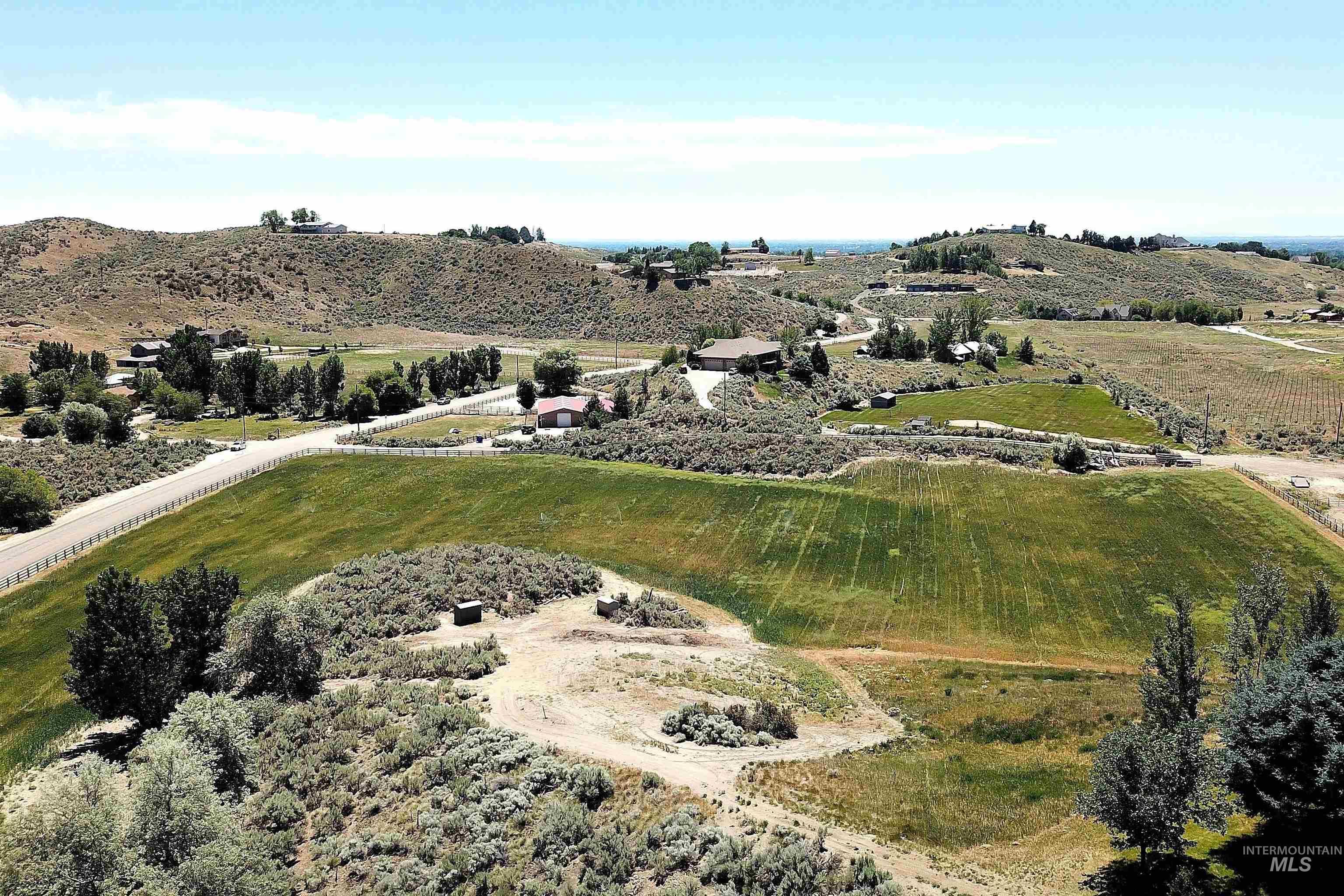 6021 Willow Creek Property Photo 5