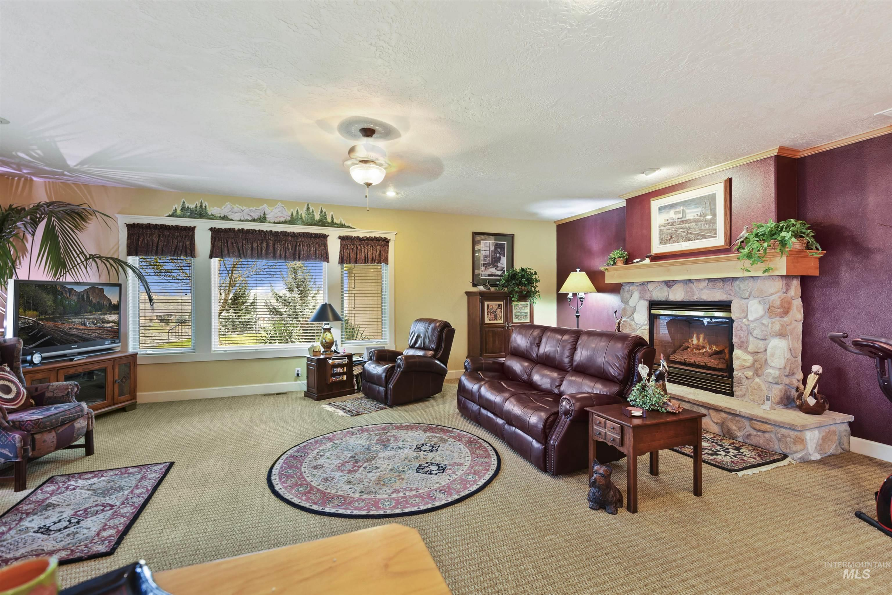 6021 Willow Creek Property Photo 16