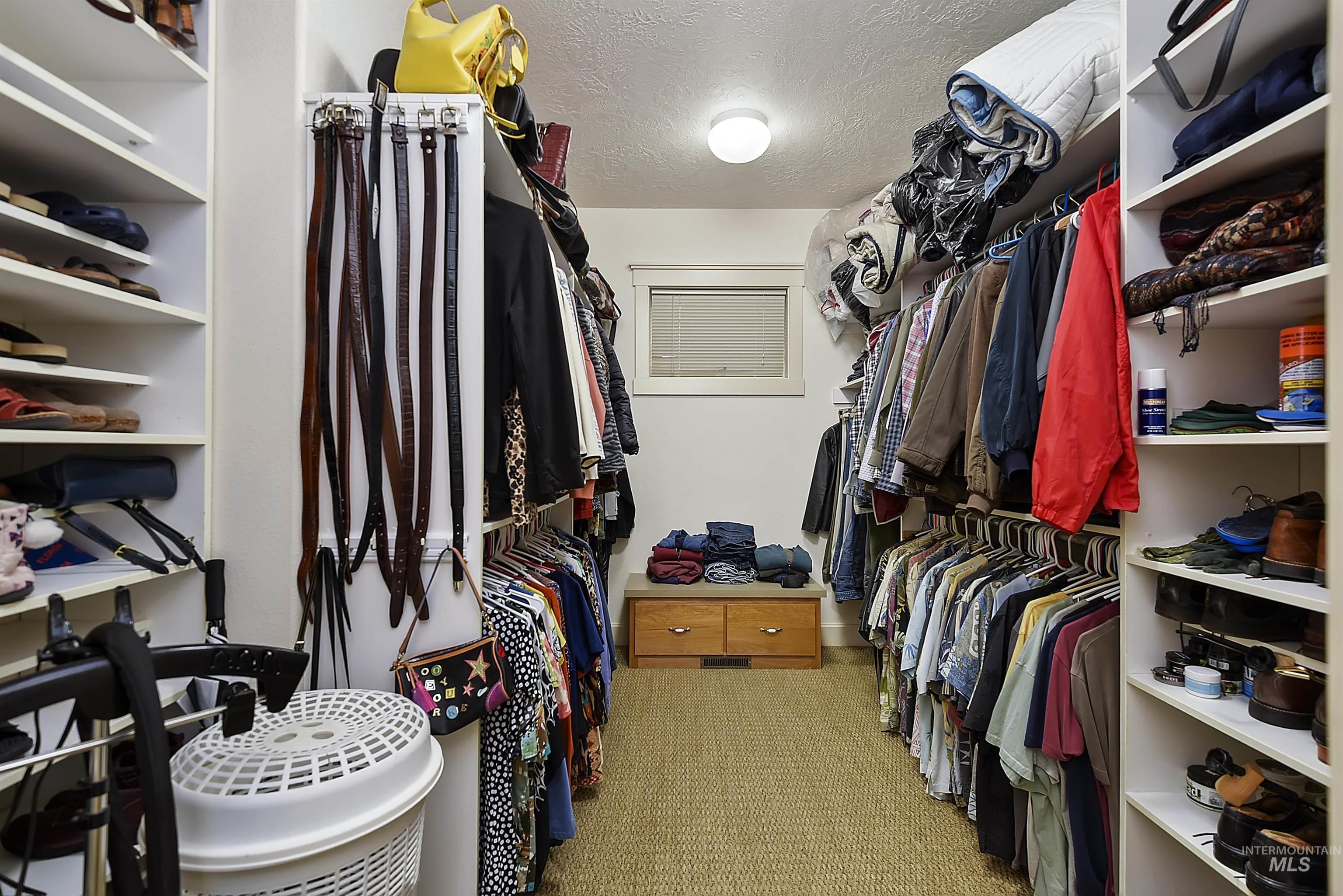 6021 Willow Creek Property Photo 25