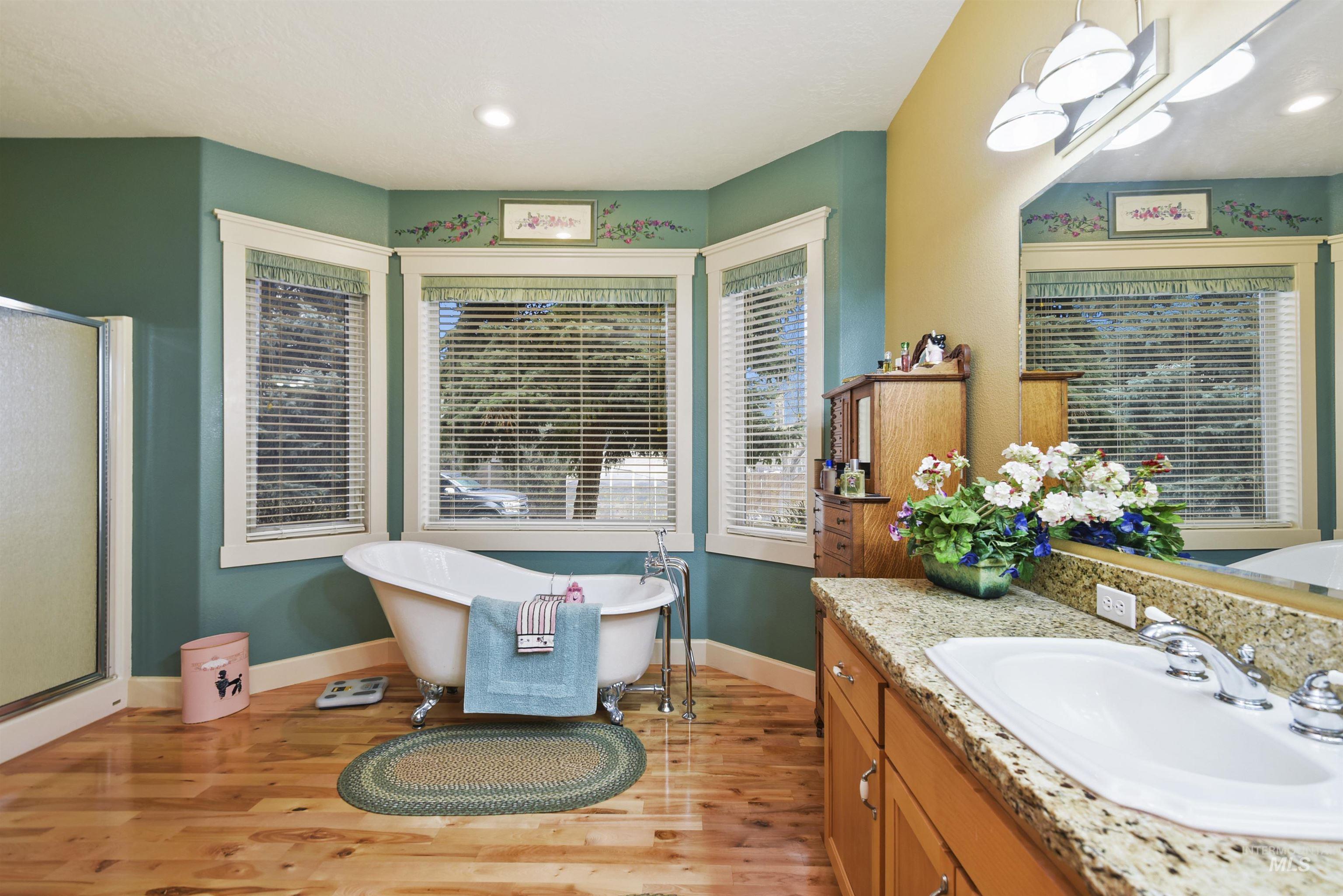 6021 Willow Creek Property Photo 29