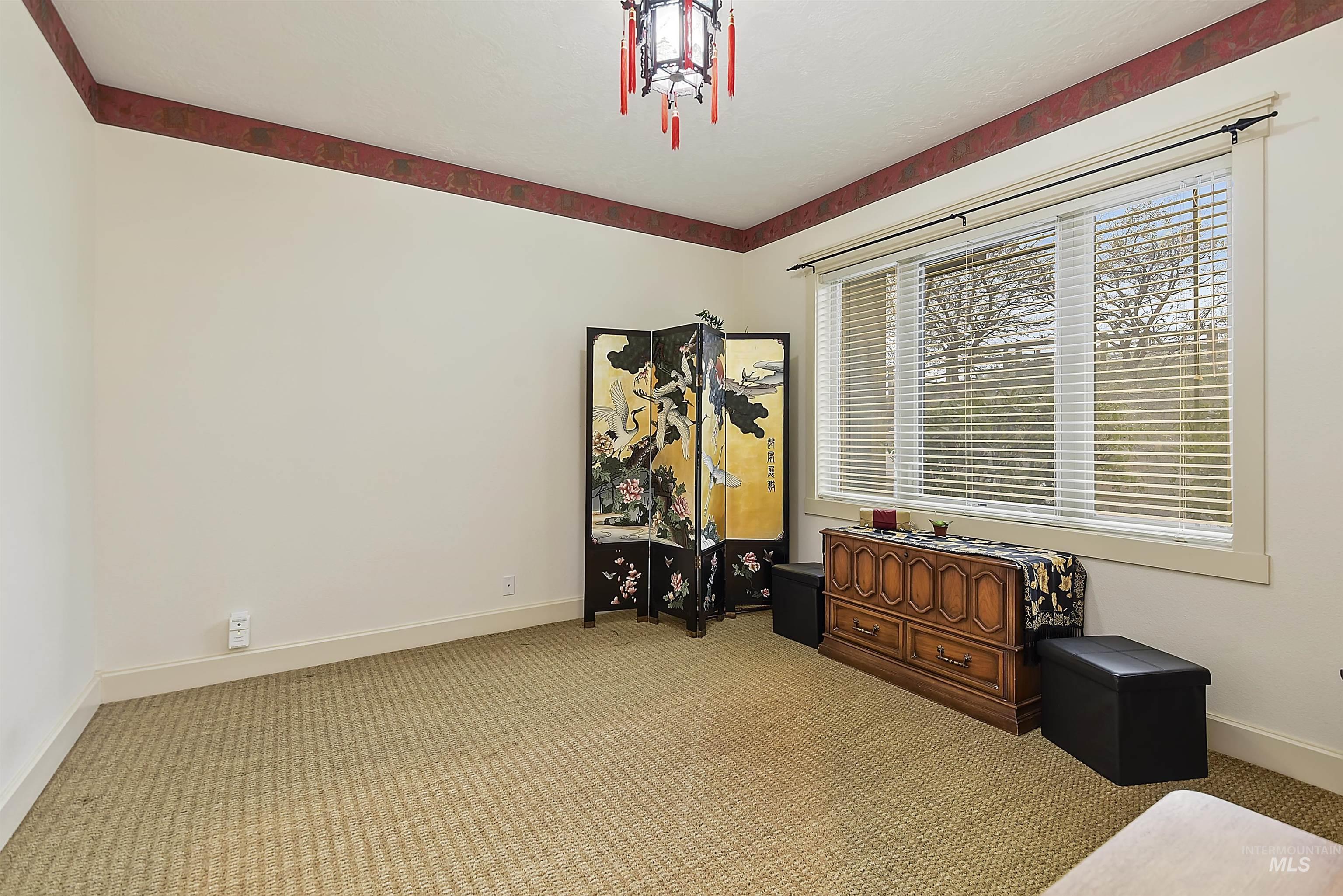 6021 Willow Creek Property Photo 32
