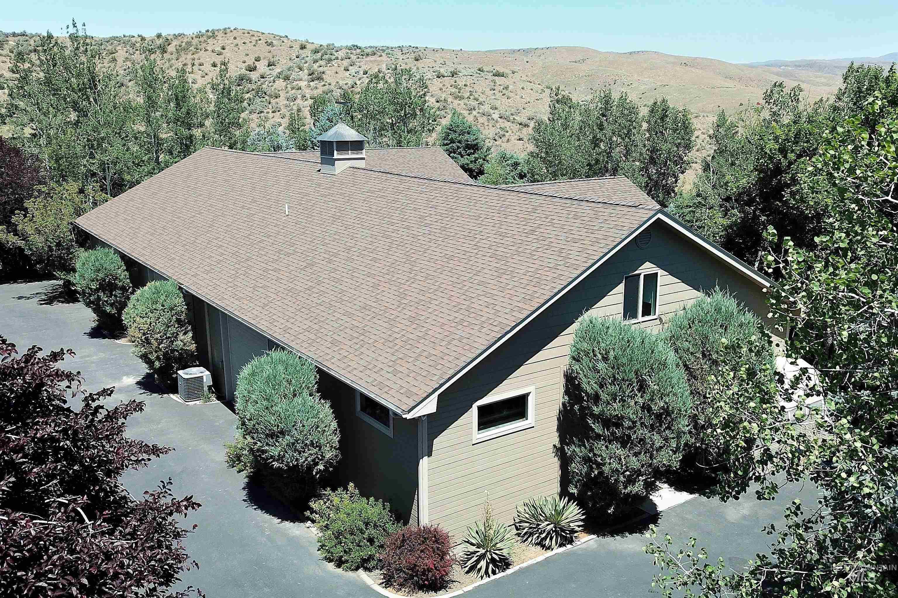 6021 Willow Creek Property Photo 36