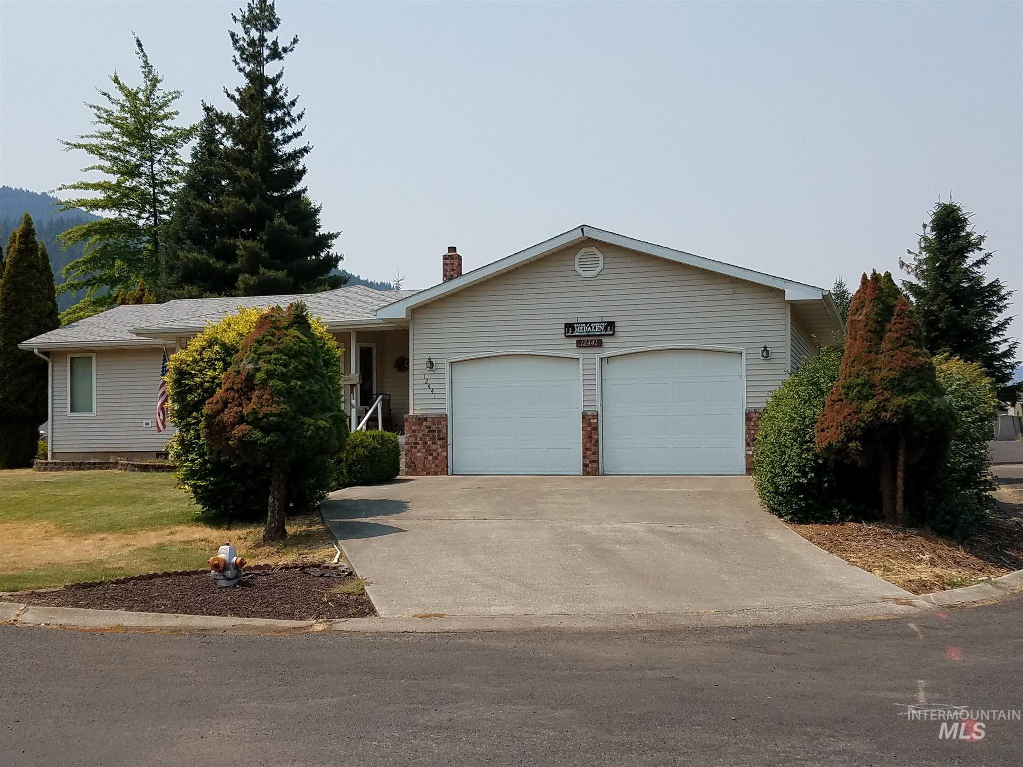 12441 Vista Ave Property Photo