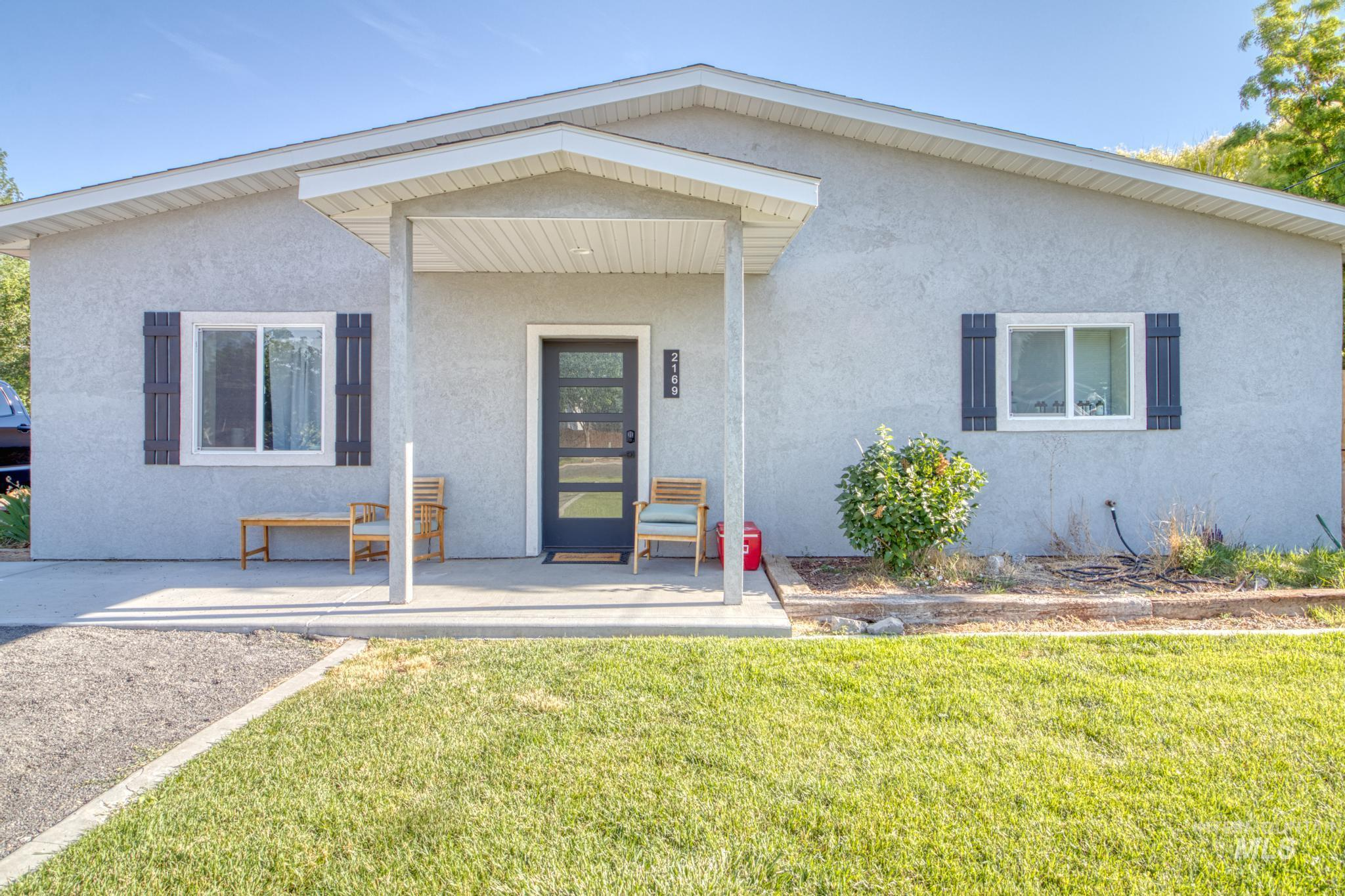 Erickson Sub Real Estate Listings Main Image