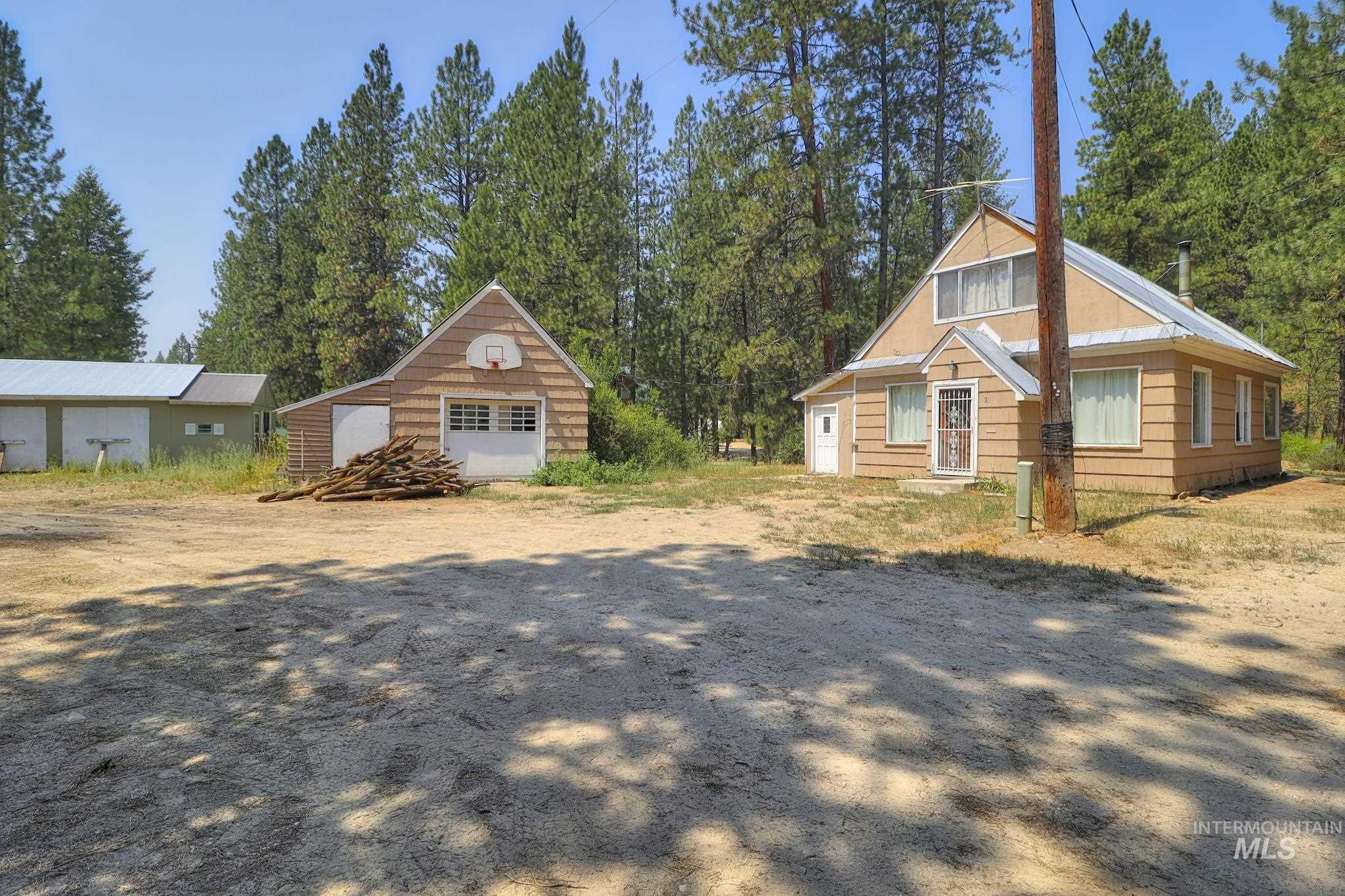 15 Woods Lane Property Photo