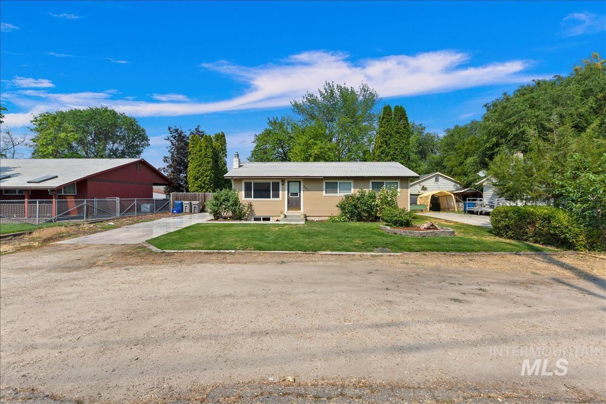 907 S Chestnut St. Property Photo