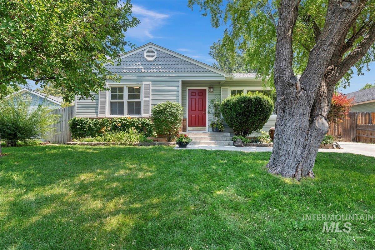 Daisy Sub Real Estate Listings Main Image