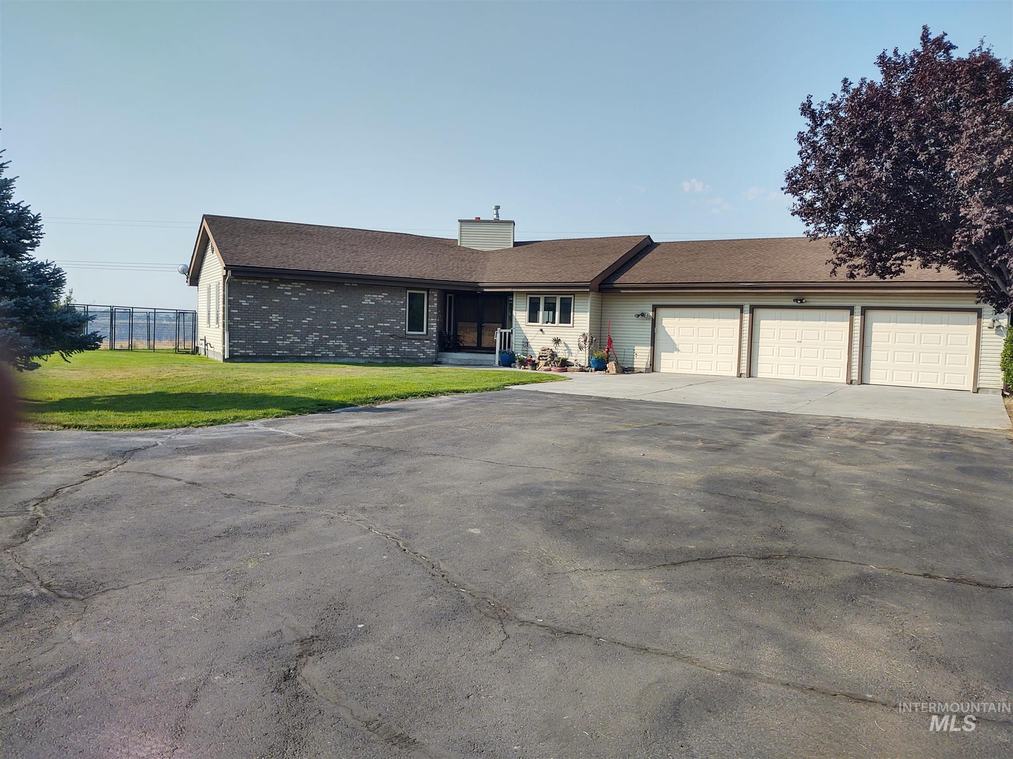 83338 Real Estate Listings Main Image