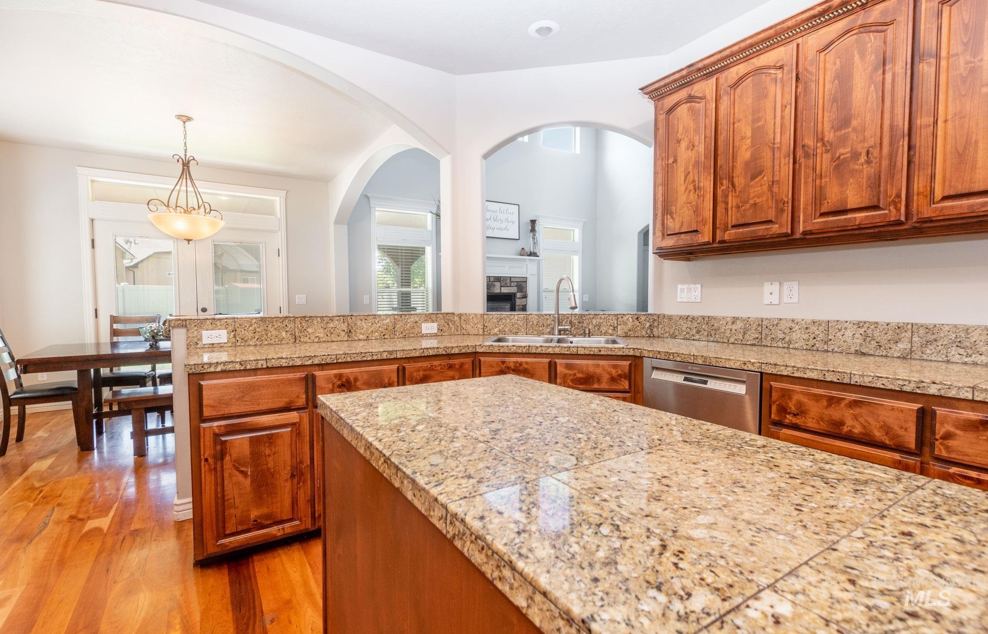 803 W Heather Woods Drive Property Photo 16