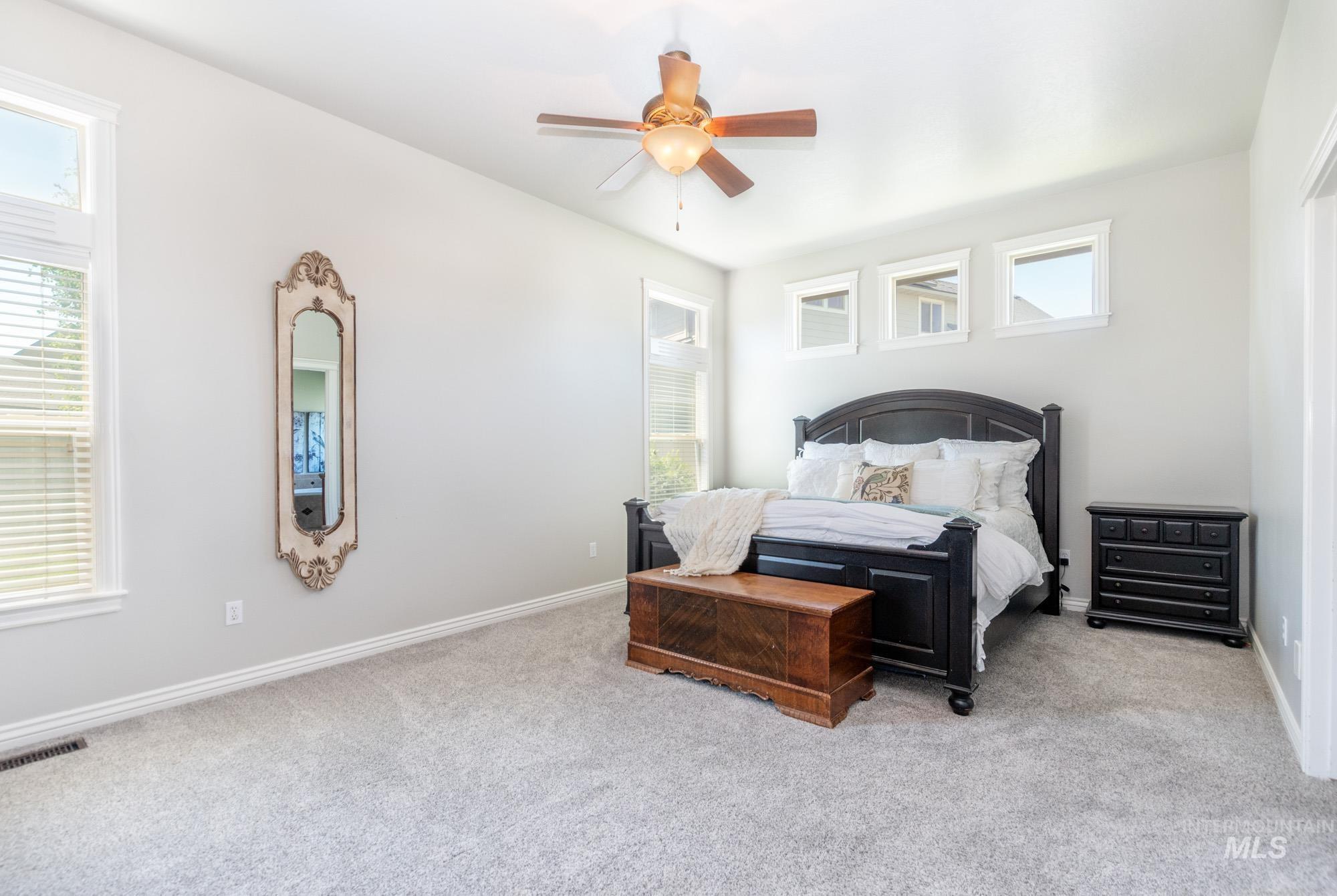 803 W Heather Woods Drive Property Photo 18
