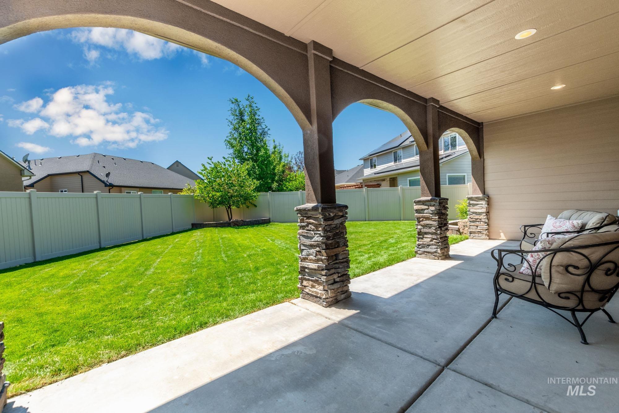 803 W Heather Woods Drive Property Photo 33