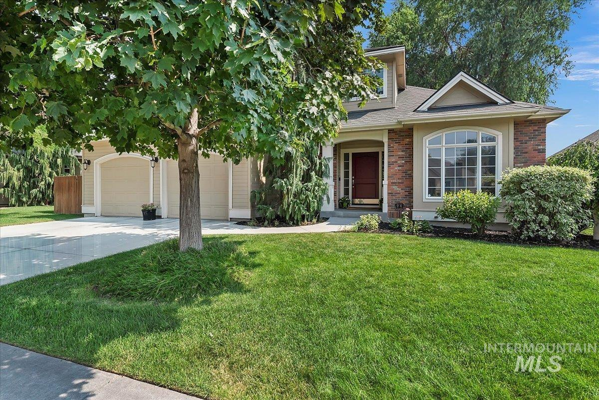 9429 W Pebblestream Dr. Property Photo
