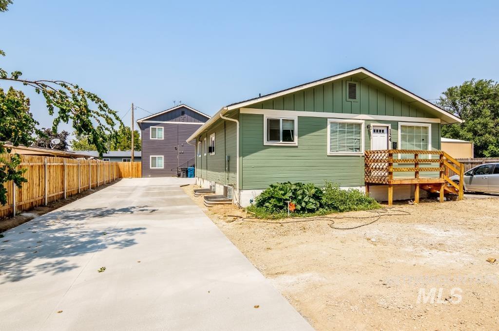 124 Smith Ave. Property Photo