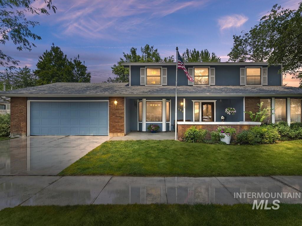 Eagle Hills West Real Estate Listings Main Image