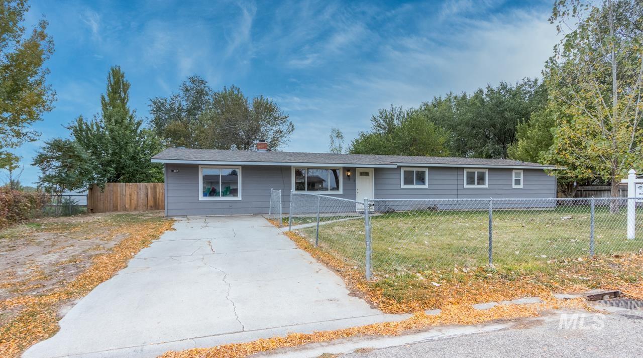 11687 W Gila Dr Property Photo