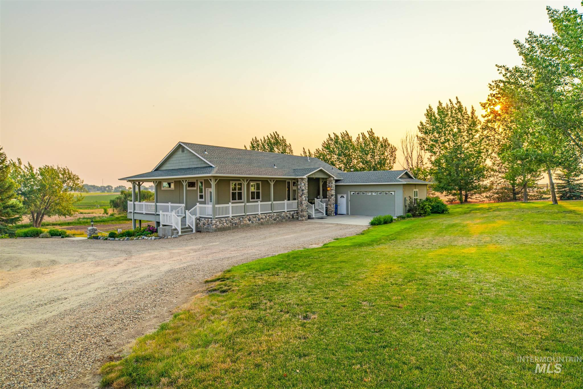 16453 Hollow Road Property Photo