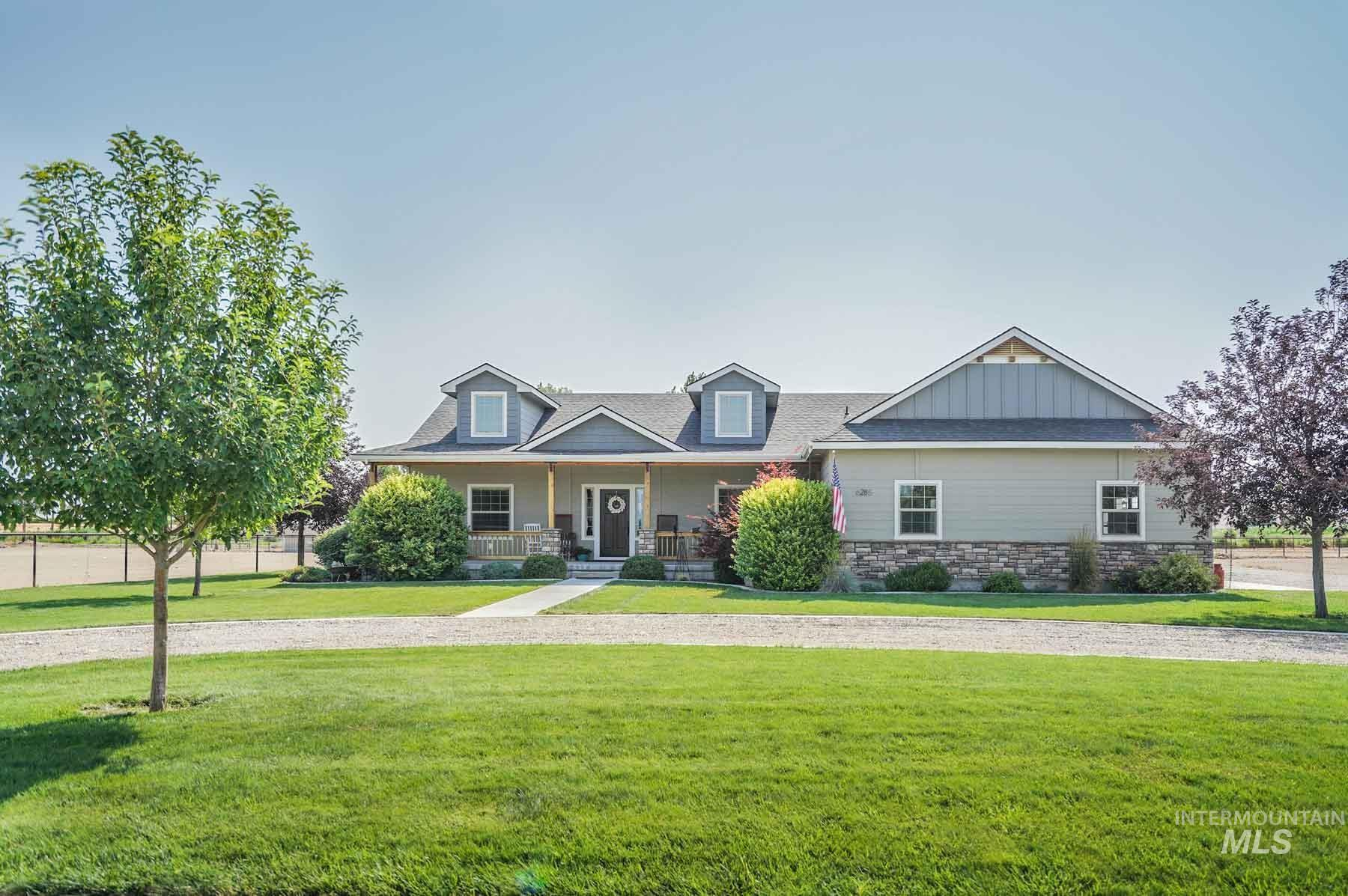 Bowmont Acres Real Estate Listings Main Image