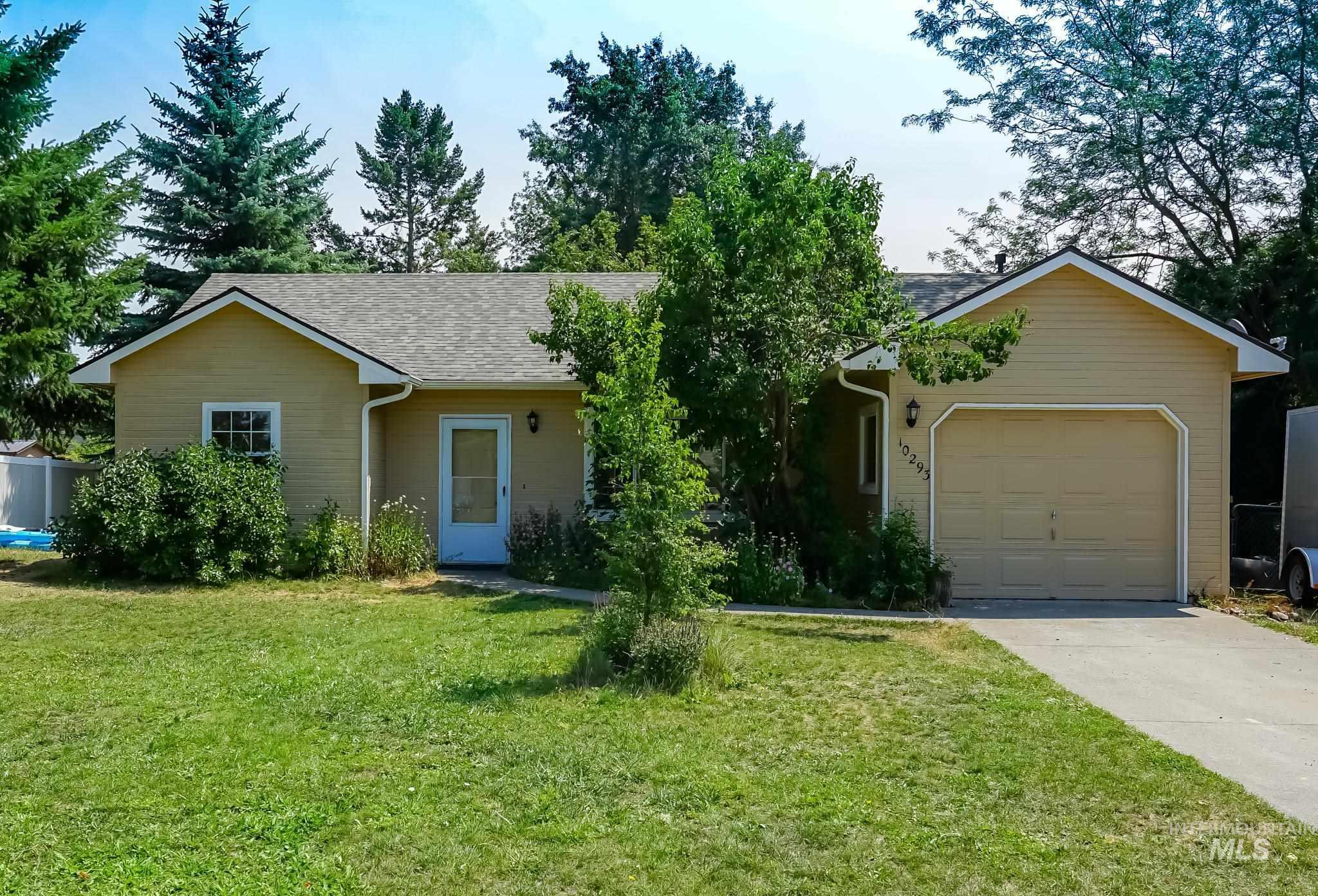 10293 N Cedar Ct. Property Photo