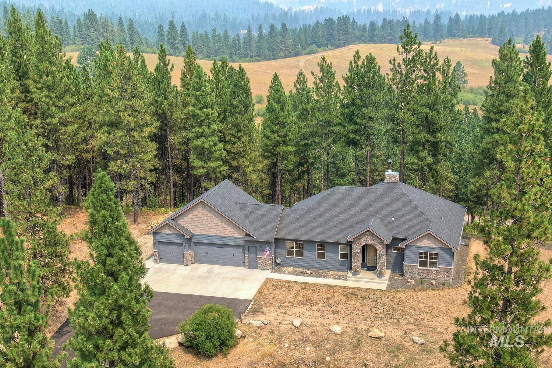 22 White Pine Dr. Property Photo