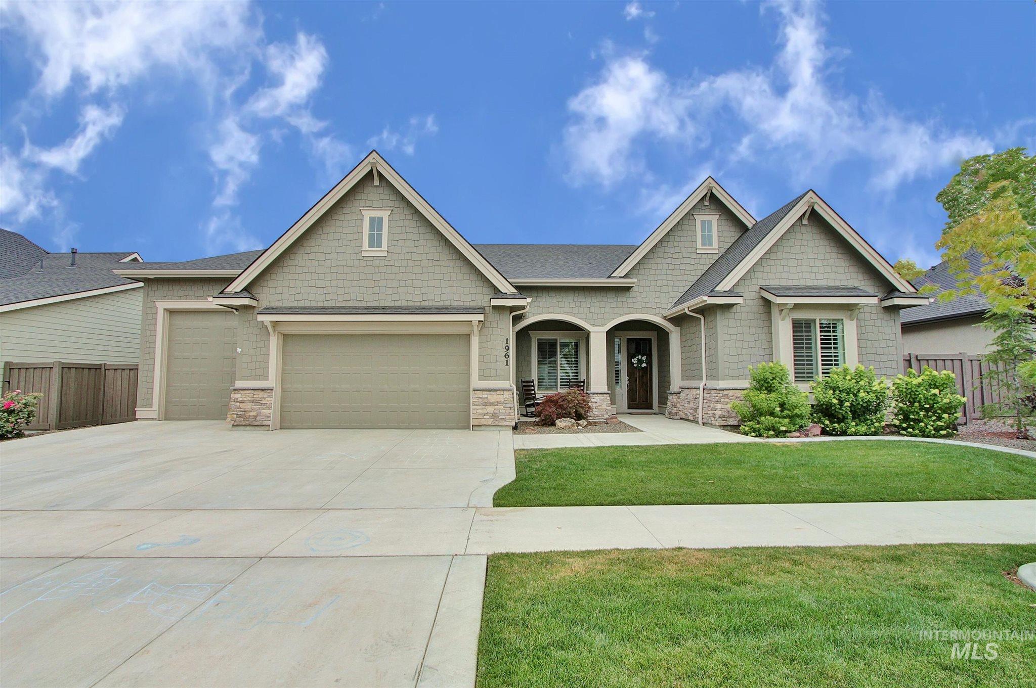 Homestead Sub Real Estate Listings Main Image