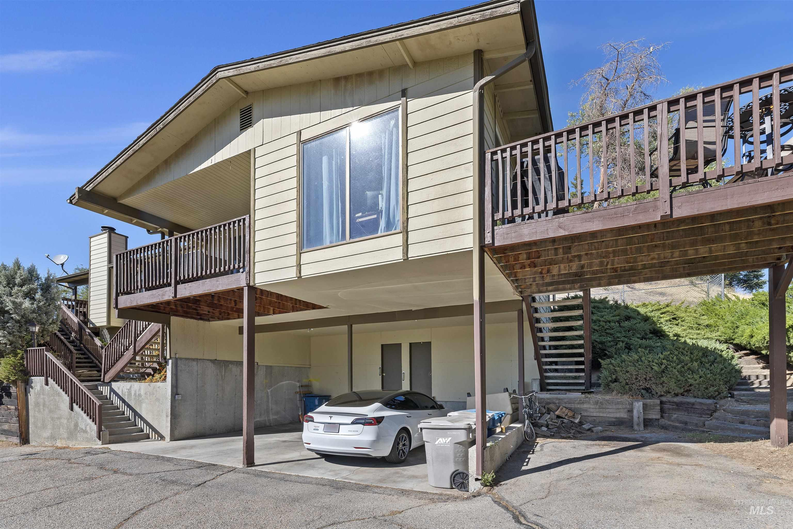 600 W Boise Hills Drive Property Photo