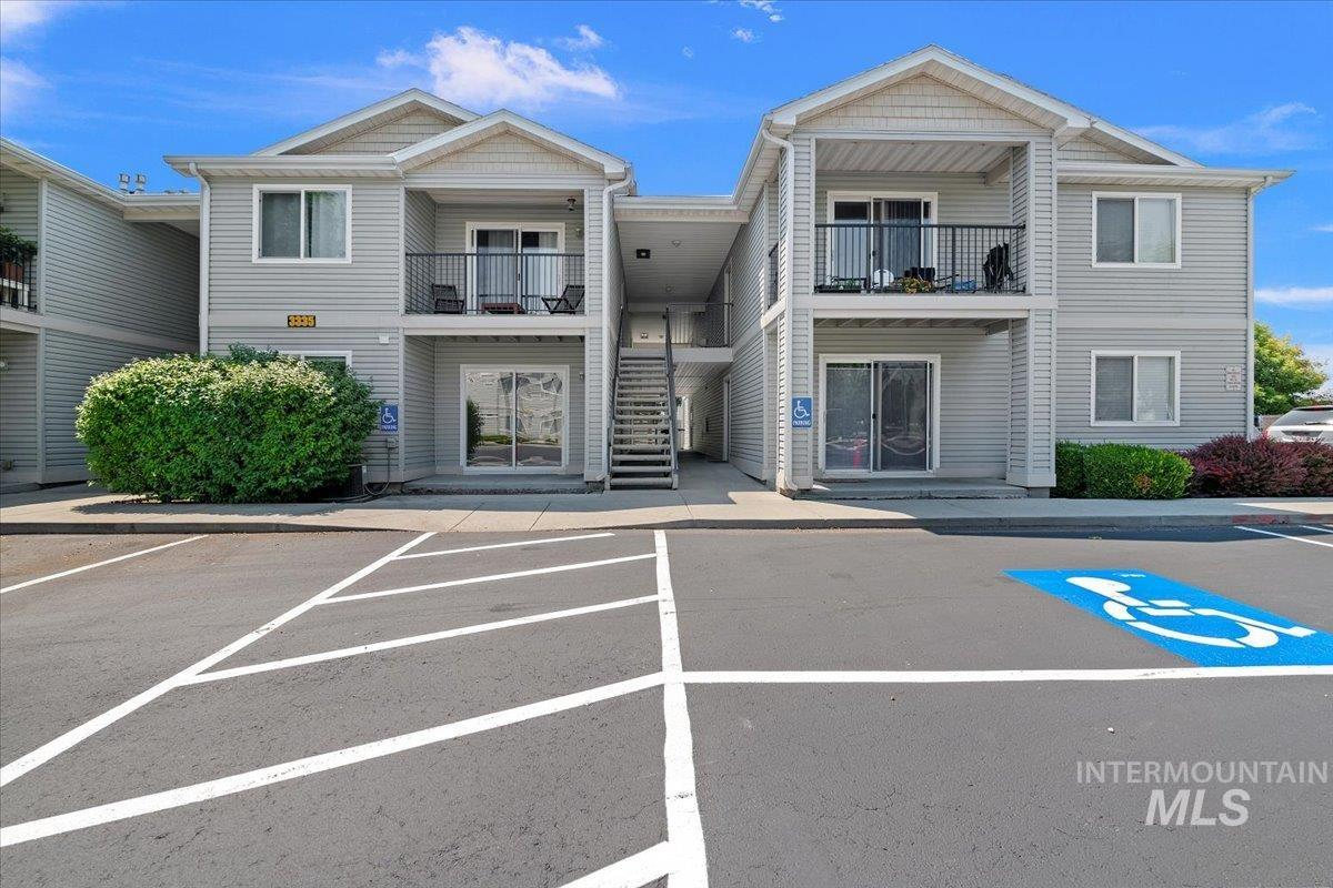 Goosecreek Condos Real Estate Listings Main Image